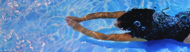 Donne in bikini che si bagnano nell\'acqua: sembrano foto ma sono quadri.