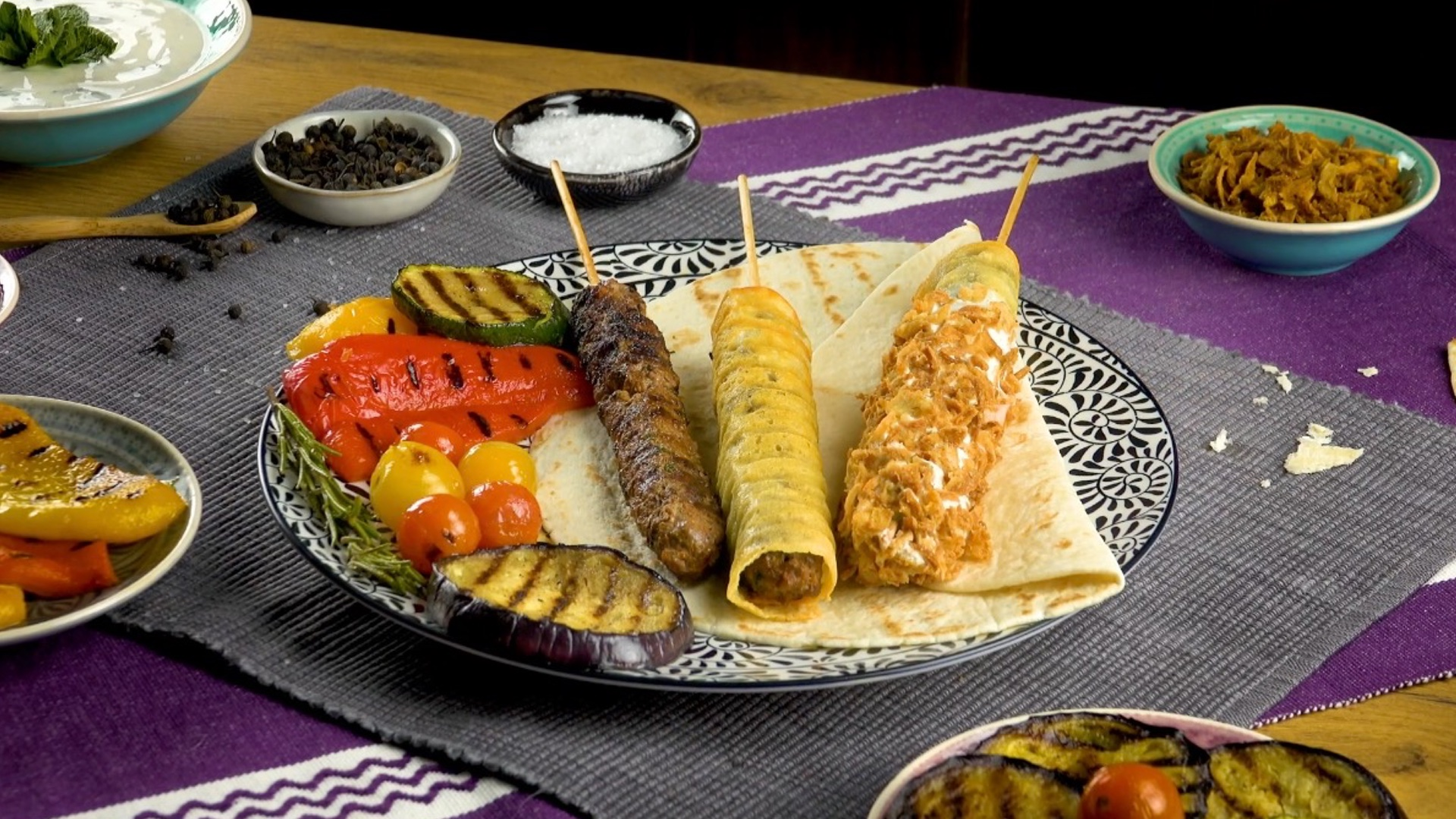 Direttamente dalla cucina libanese ecco gli spiedini di for Cucina libanese