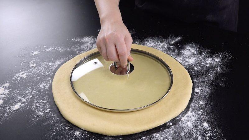 disco di pasta lievitata