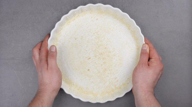stampo per crostate con pangrattato