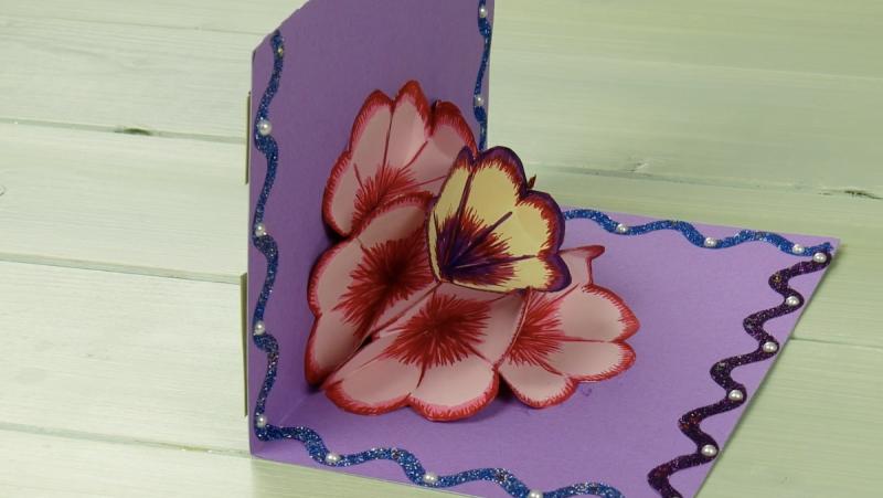 Cartoline auguri con decorazioni floreali