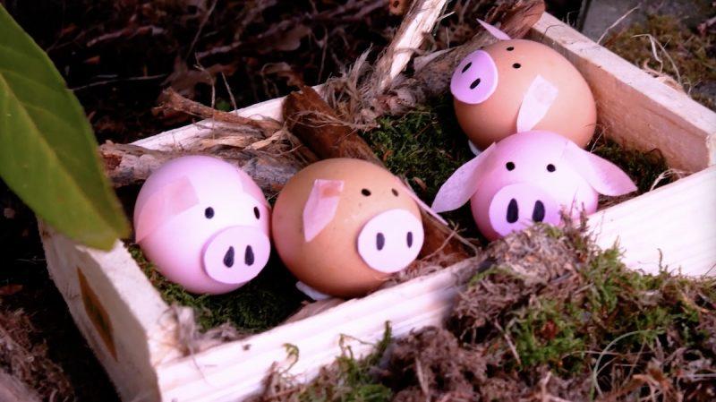 uova sode a forma di maialini rosa