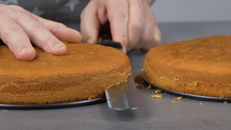 Taglio trasversale delle due torte