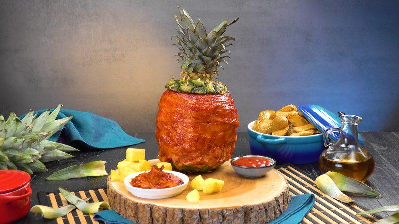 Ananas alla griglia ripieno di pollo marinato