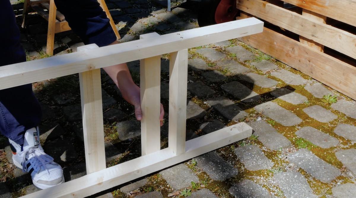 Montaggio dei listelli di legno