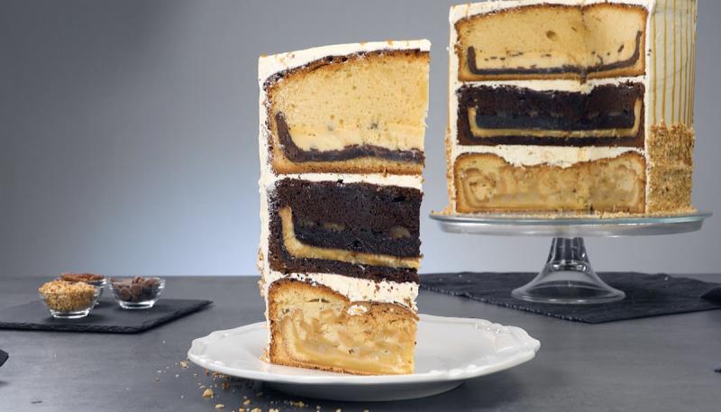 Fetta di torta gigante a 3 strati