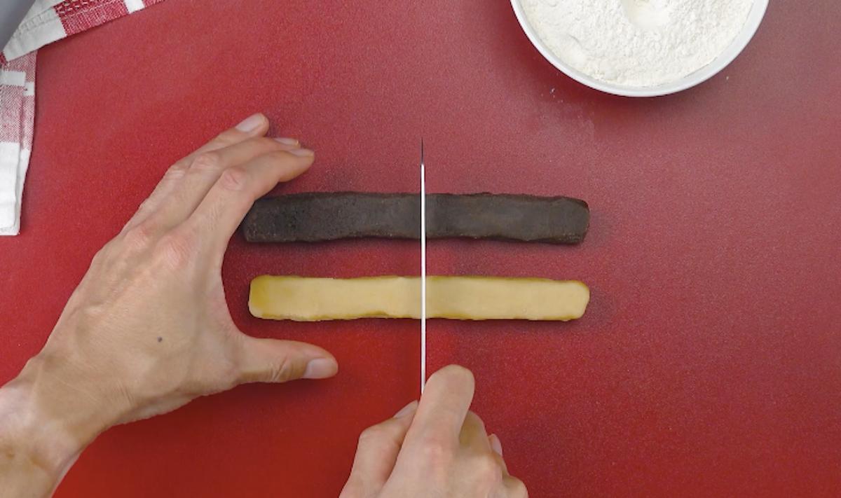 Pasta frolla tagliata a metà