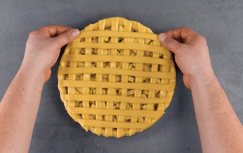Torta di mele con pasta frolla