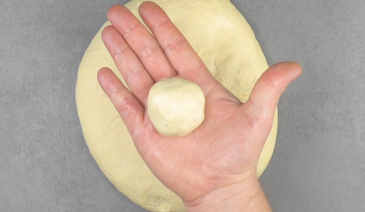 Pallina di impasto pane ripiena