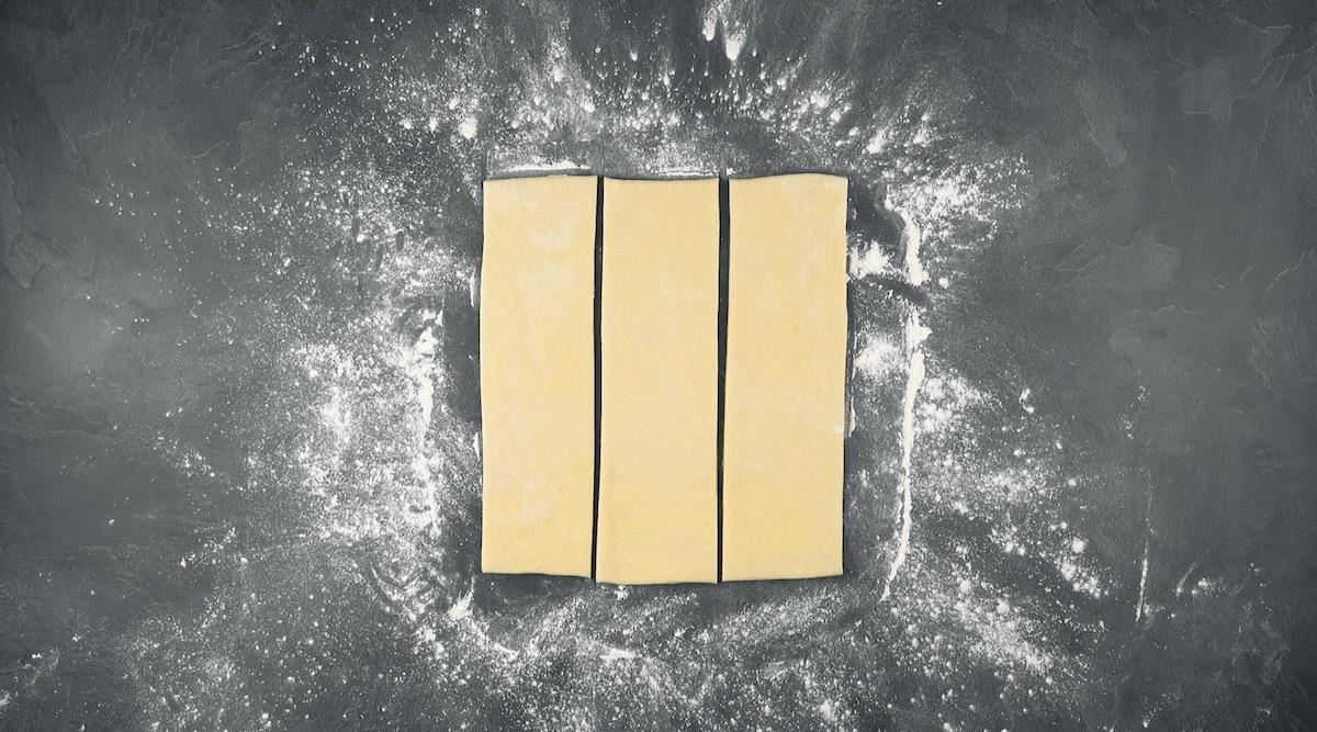 Tre strisce di pasta sfoglia