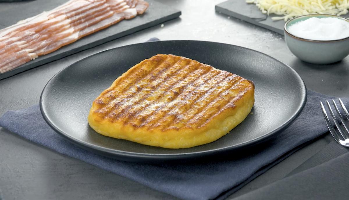 Panini farciti con purè di patate pancetta tesa e mozzarella