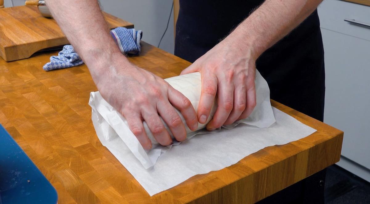 Filetto alla Wellington avvolto nella carta da forno