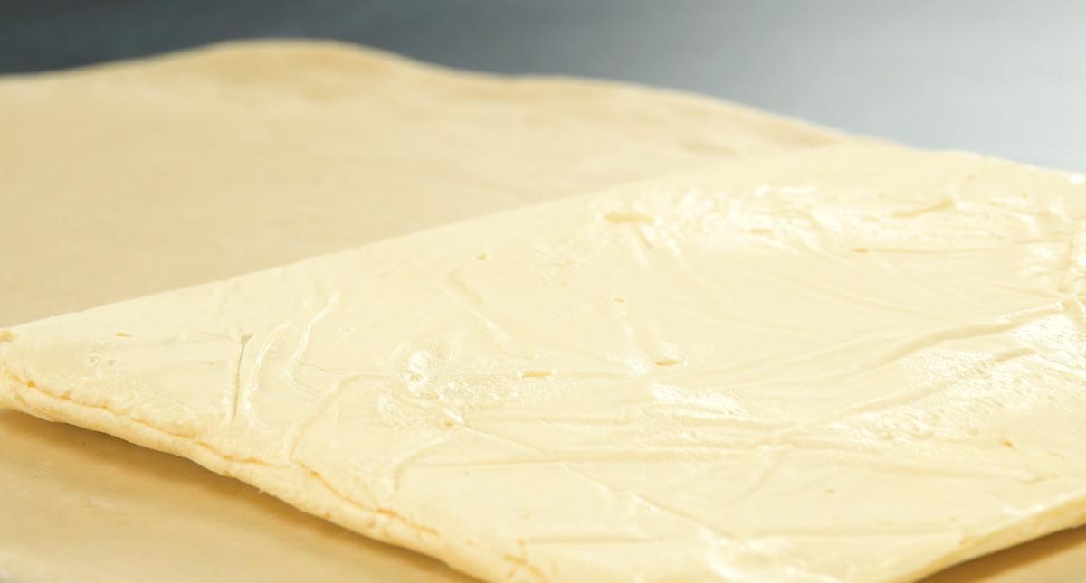 Pasta lievitata con burro maneggiato