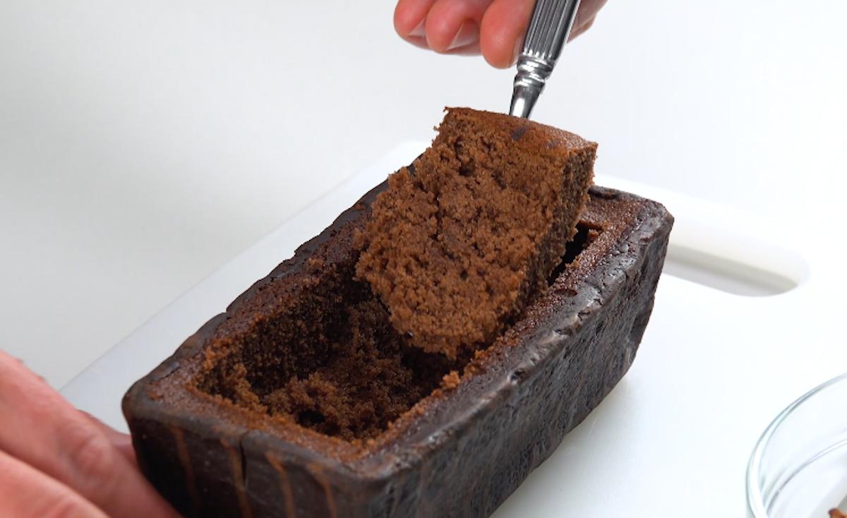 Torta al cioccolato svuotata
