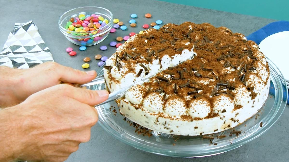 Pinza da insalata per tagliare una torta