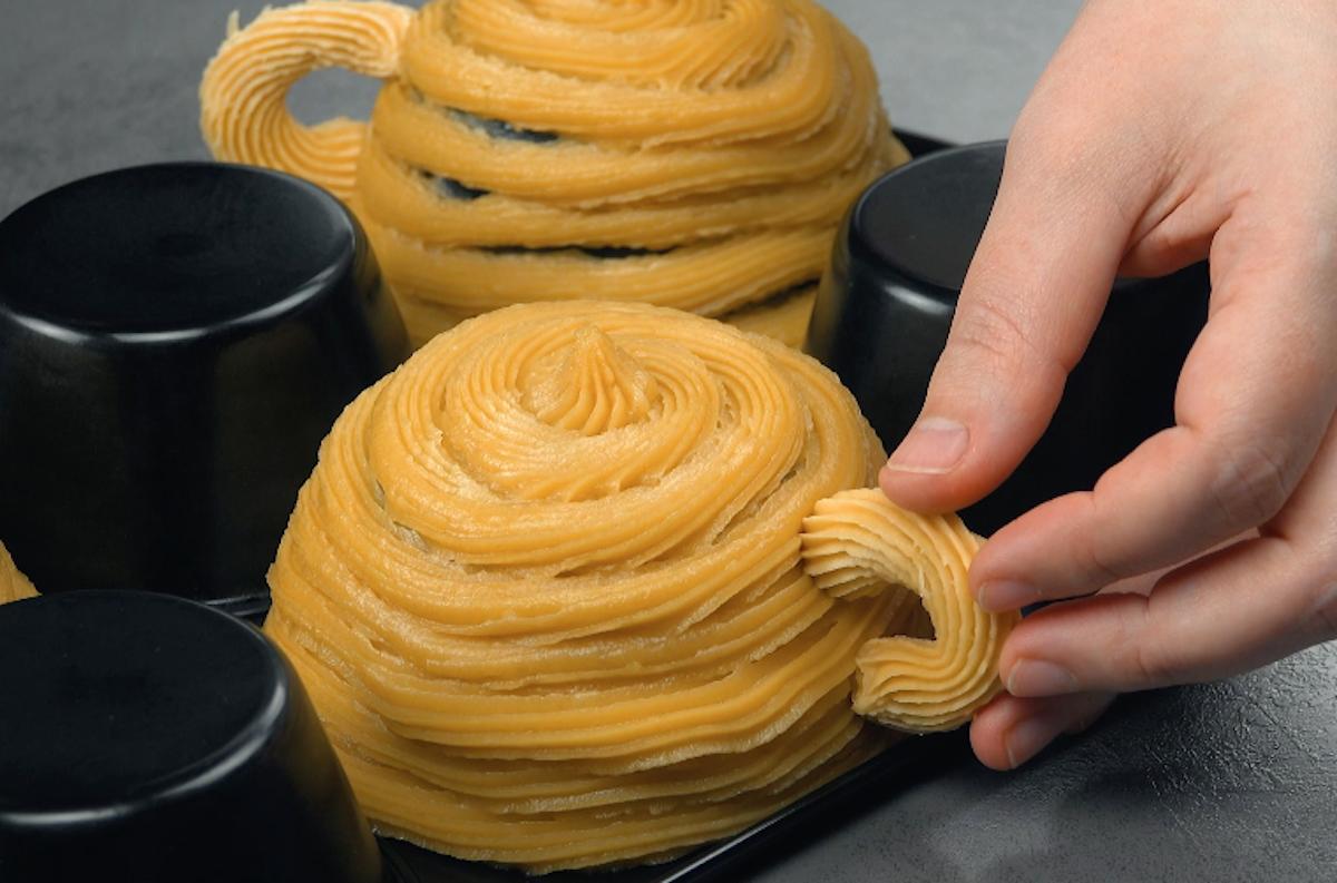 Pasta choux congelata a forma di tazza