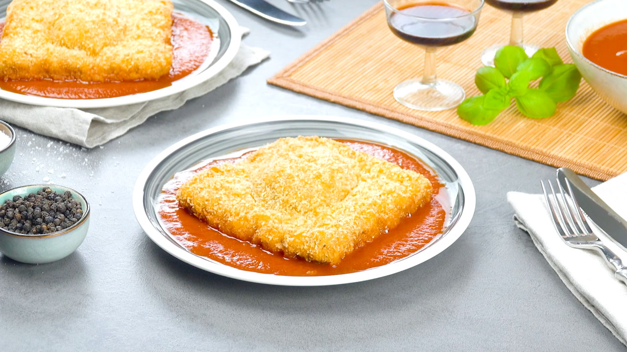 Ravioli fritti di carne macinata e crema di formaggio