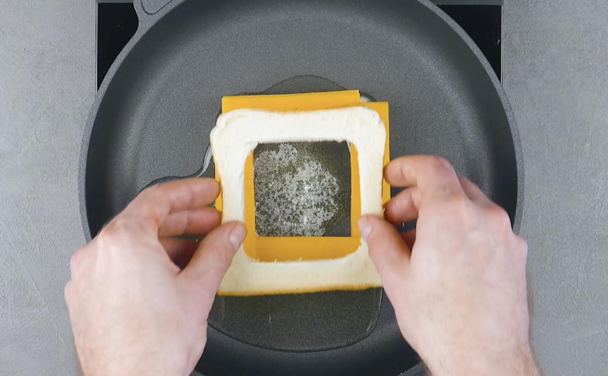 Pancarrè e formaggio cheddar