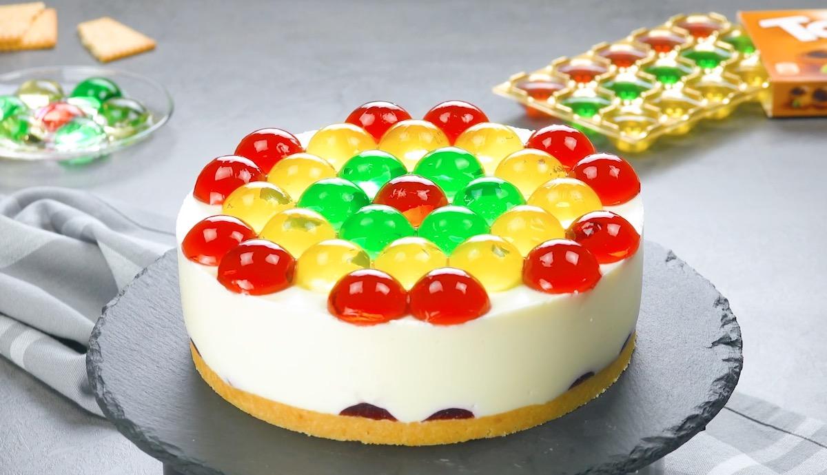 Cheesecake con gelatina alla frutta