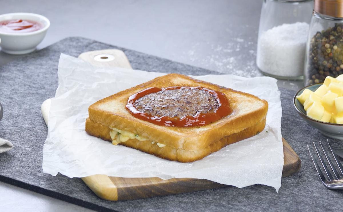 Toast con mini hamburger