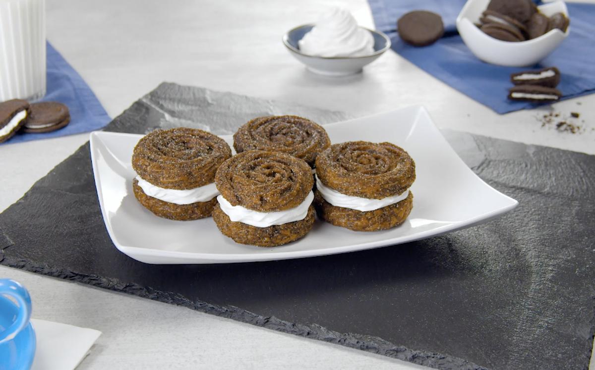 ricetta churros con biscotti Oreo e crema alla vaniglia