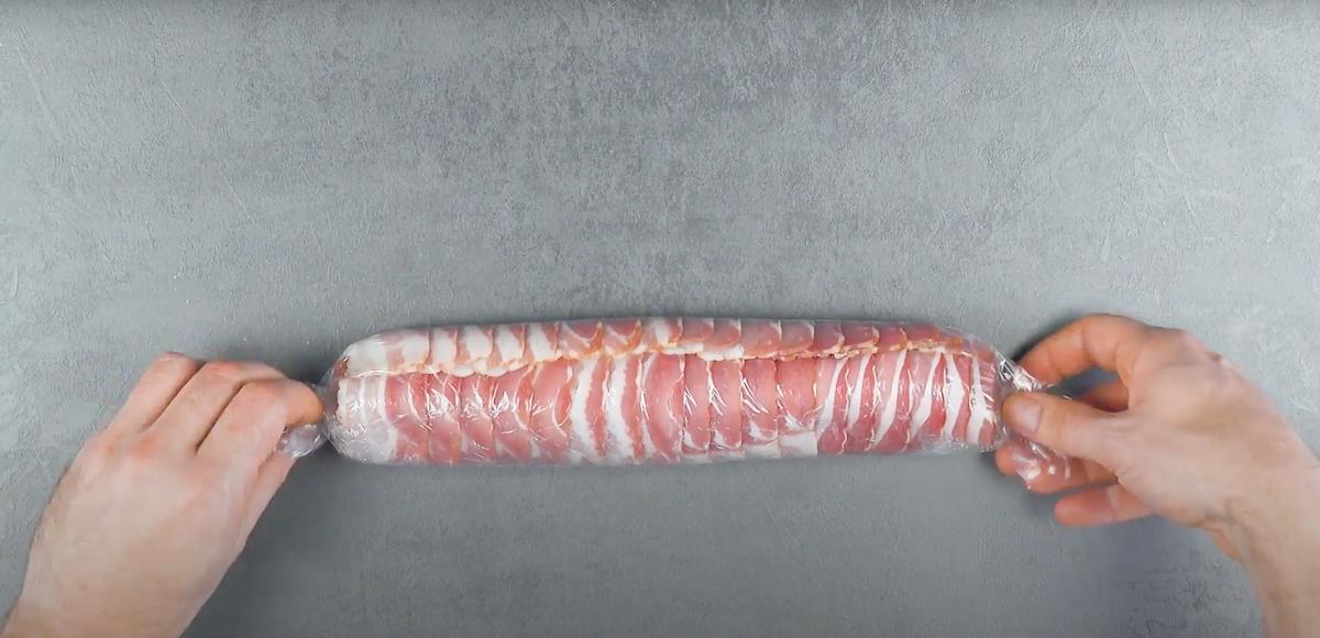 Rotolo di filetto di maiale e pancetta