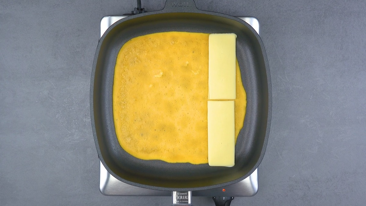 Omelette e cheddar