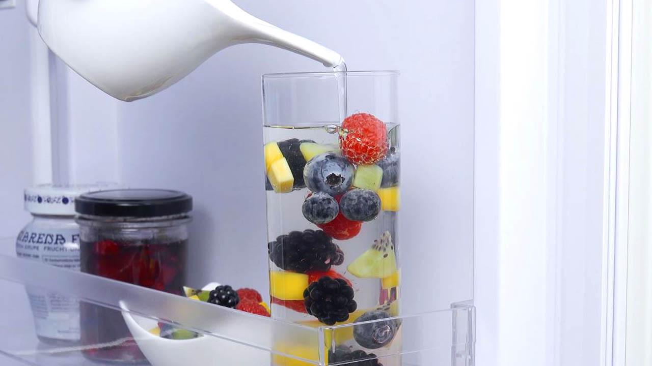 Frutta fresca e gelatina