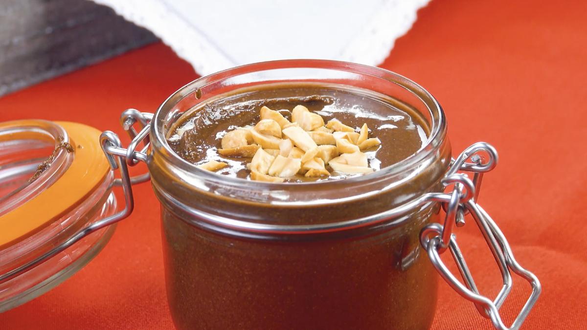 Crema al cioccolato con arachidi
