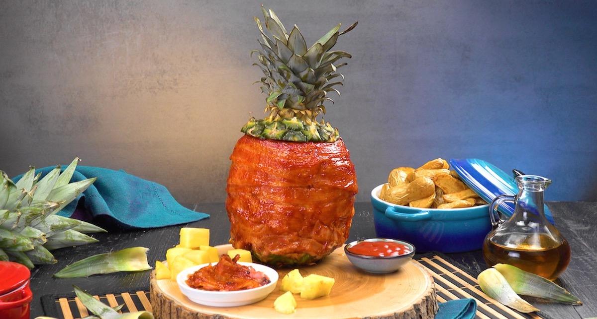 ananas alla griglia ripieno di petto di pollo marinato