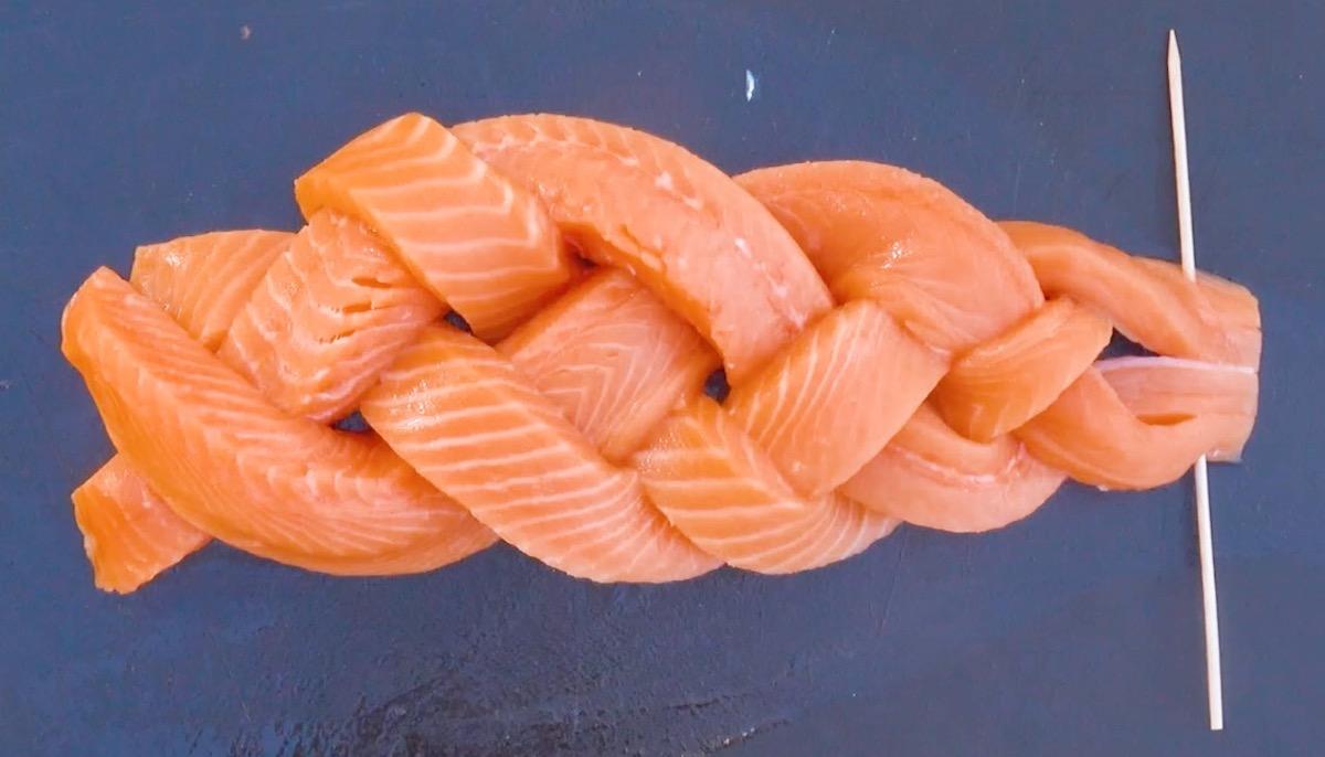 Treccia di filetto di salmone