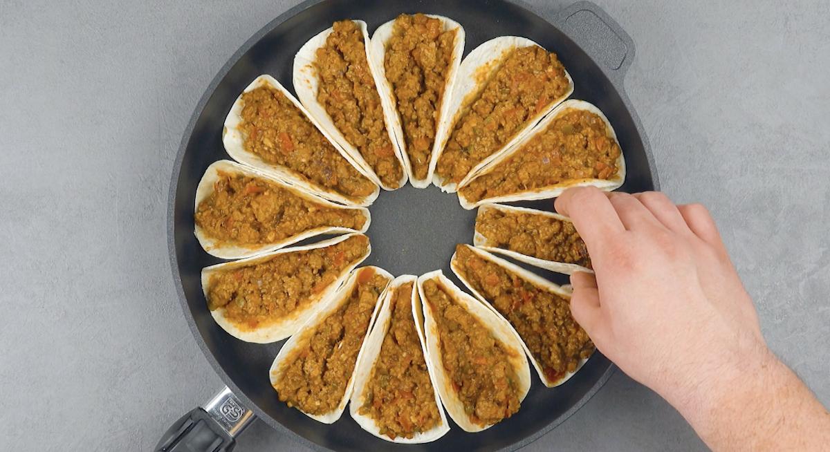 Tortillas ripiene di carne macinata