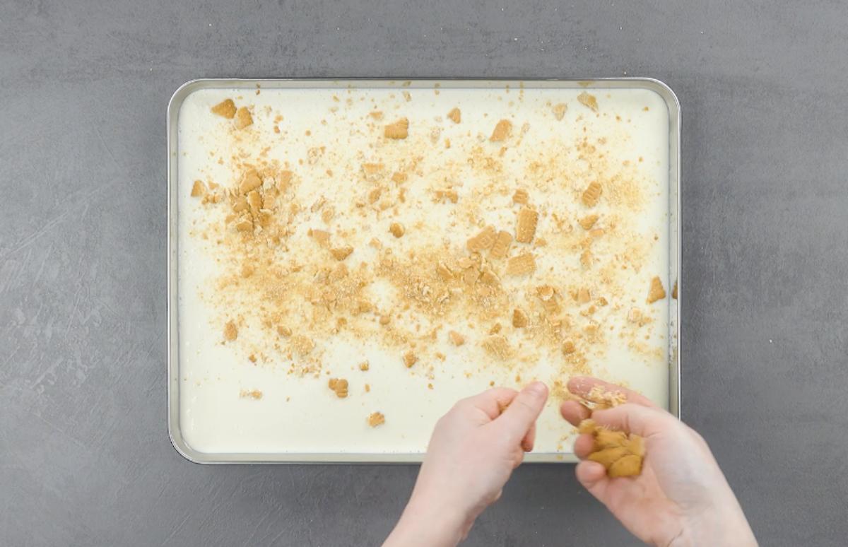 Gelato al lime e biscotti secchi