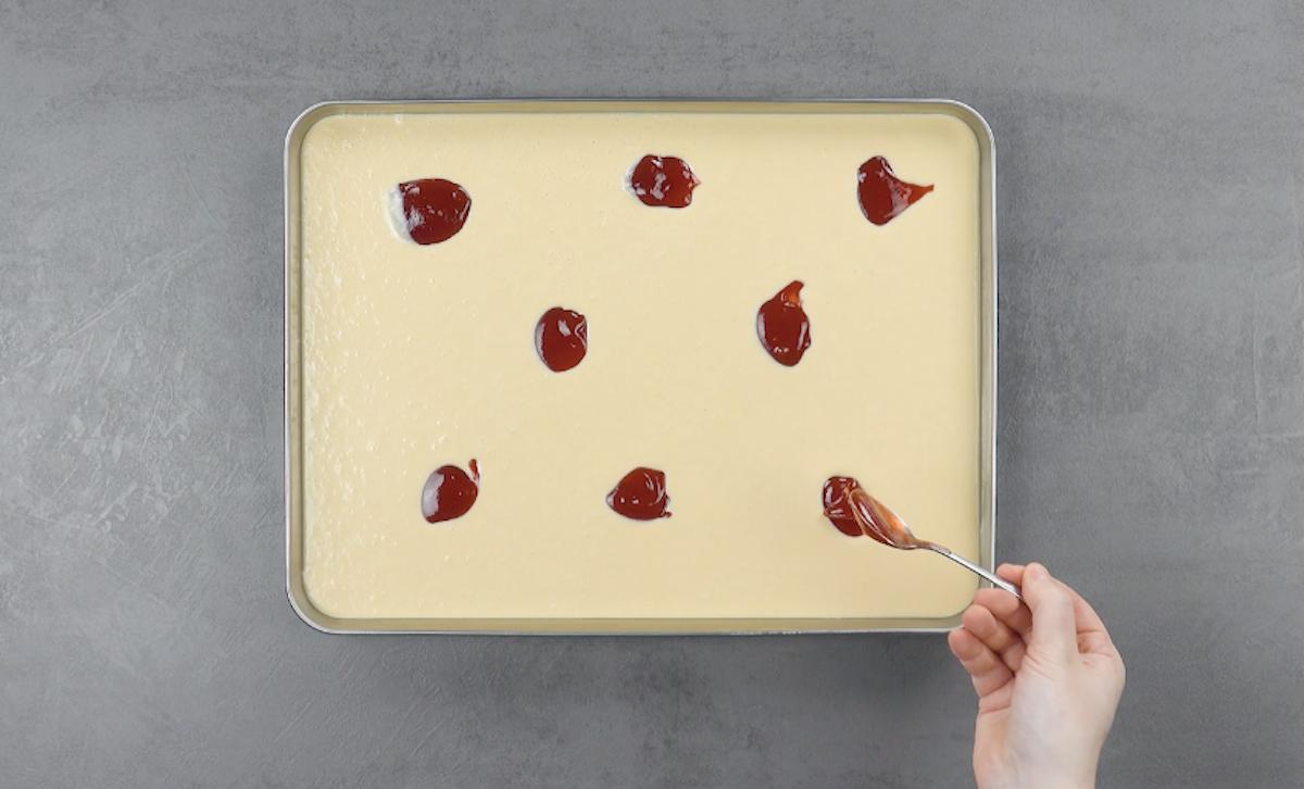Gelato al burro di arachidi e marmellata di fragole