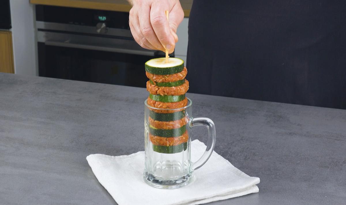 Spiedino di zucchine e polpette di carne