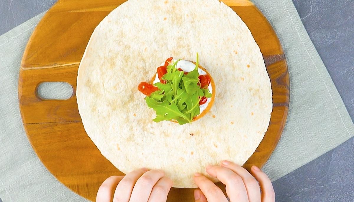 Tortillas ripiene di hamburger di verdure