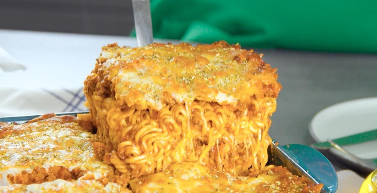 Lasagne al forno con noodles giapponesi